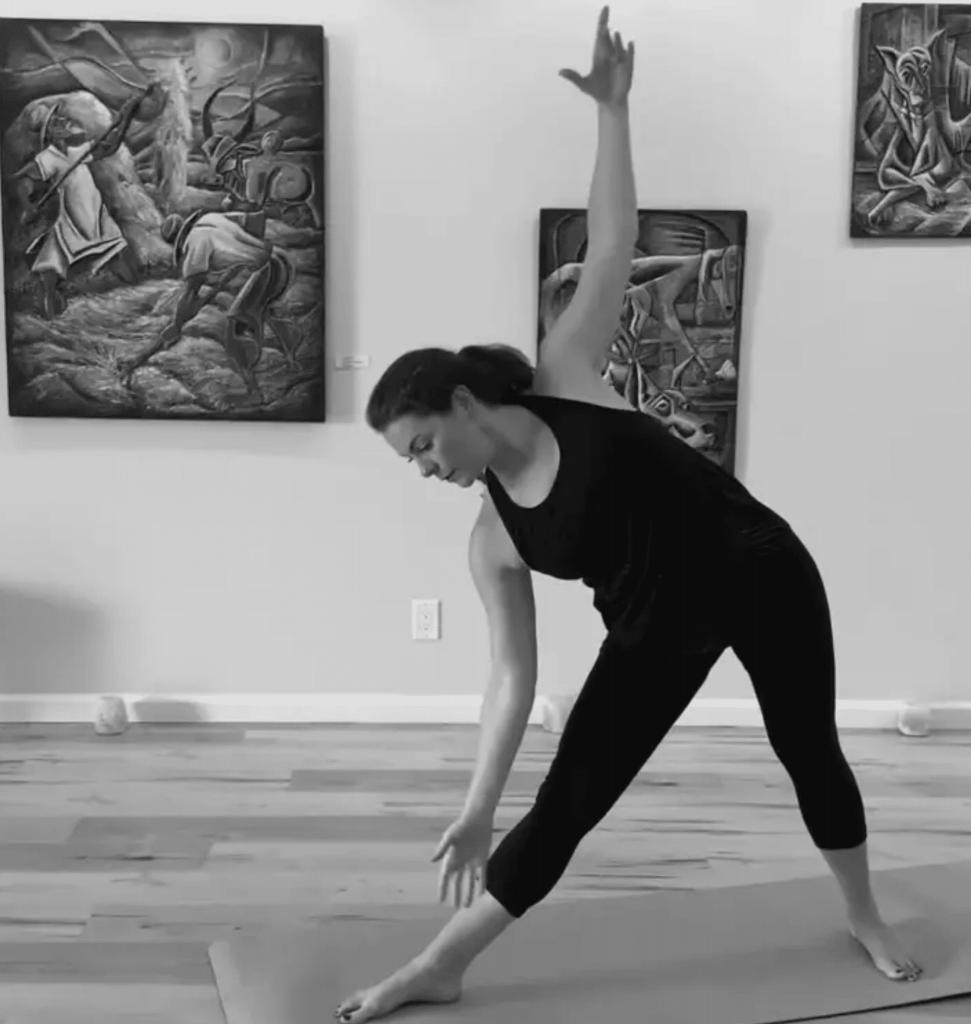 Judy YAM yoga instructor